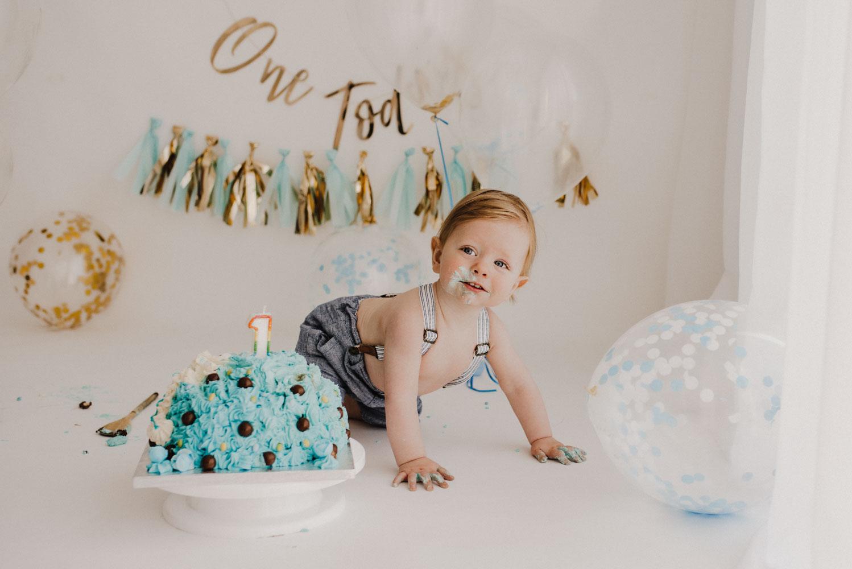 Oran – smash cake photo session